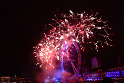 New_Years_2014_Fireworks_-_London_Eye
